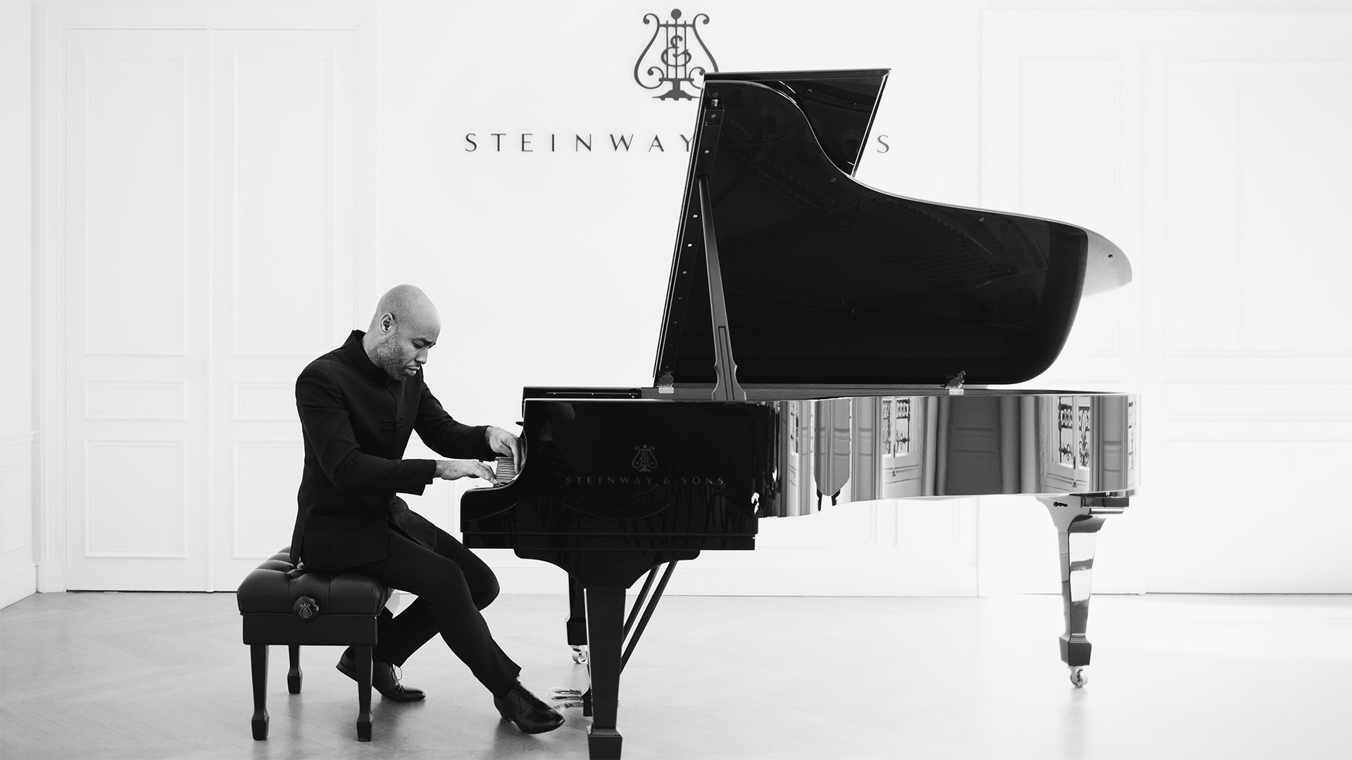 Aaron Diehl, piano